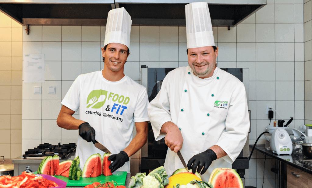 ROBERT KARAS POLECA Food&Fit Dieta pudełkowa